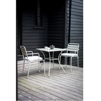 dean street table and chair set
