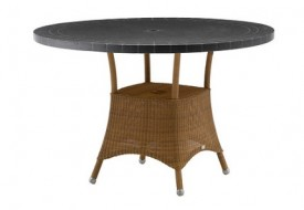 Lansing Table Small by Cane-line