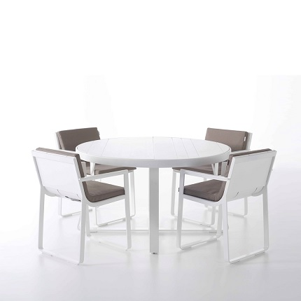 flat round table