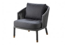 Moments Lounge Chair by Cane-line