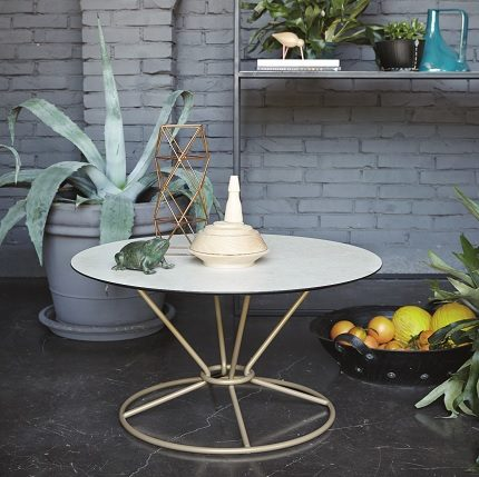 gravity table with hpl top scenic