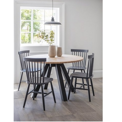 clockhouse dining table and chair