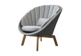Peacock Lounge Chair by Cane-line